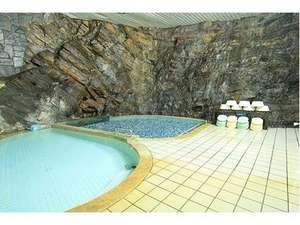 湯元ホテル:岩風呂