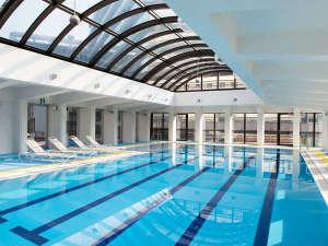 ANAクラウンプラザホテル福岡:Santeloi☆(温水プールのほかにジム、サウナもございます)