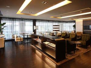�`�m�`�N���E���v���U�z�e�������FClub Lounge��