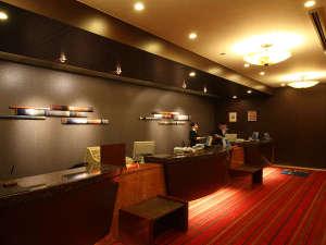 ANAクラウンプラザホテル福岡:Front☆(スタッフが笑顔でお客様をお迎えします)