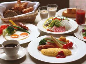 ANAクラウンプラザホテル福岡:Crowne Cafe 朝食☆(メニューは約100種類の和洋ブッフェです)