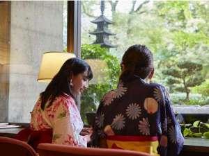 カフェラウンジからも大阪とは思えない自然の景色をお楽しみ下さい。