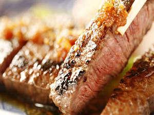 小さな宿 馬刺しと真心の料理自慢の宿 梅月:別注文にて柔らかい信州牛ステーキを