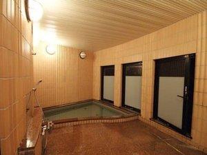 ペンション はな:2つある貸切風呂。4月から温泉になりました!!