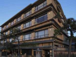 宮島で希少な天然温泉もつ宿。ご宿泊のお客様以外にも提供しております。