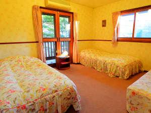 のはらペンション:*【客室一例】ペットと同室!専用シーツがあるのでベッドの上もOK