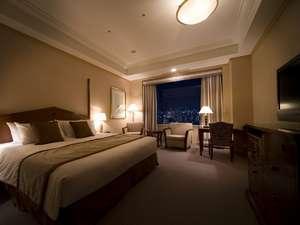 帝国ホテル大阪:デラックス ダブル(40平米) ベッド幅 200cm × 205cm ×1台【インペリアルフロア】