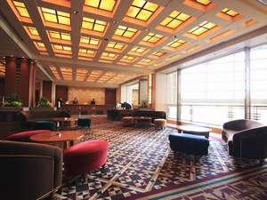 帝国ホテル大阪:【2階ロビー】宿泊のお客様をお迎えするロビー