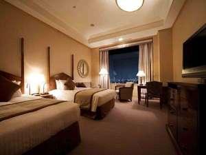 帝国ホテル大阪:デラックス ツイン(40平米) ベッド幅 120cm × 205cm ×2台 【インペリアルフロア】