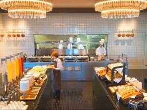 帝国ホテル大阪:カジュアルレストラン「カフェ クベール」
