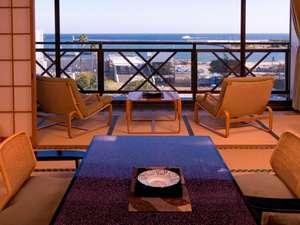 熱海温泉 旅館 立花:【海側/和室12畳以上+次の間】ゆったりとした広縁から海を眺める癒しのひとときを…。