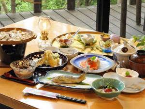 主のこだわり料理の宿 御宿 竹取物語:【夕食一例】旬の野菜や吟味された地元食材の味を生かした料理の数々。