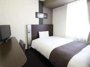 コンフォートホテル新山口:◆ダブルエコノミー◆広さ13平米◆ベッド幅140cm