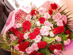 ご予算に応じてサプライズなどの花束をご用意可能です(事前のご相談が必須です)