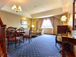 【2ベッドルームスイート(4名/130㎡/海側)】1日1室のみお使い頂ける、優雅な空間。