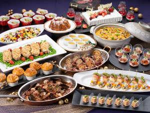 冬野菜の寄せ鍋やサザエと雲丹の炊き込みご飯など、冬の味覚を贅沢に楽しむディナービュッフェ