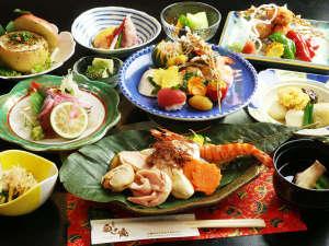 奥山鹿温泉旅館:【夕食スタンダード】四季折々の旬の素材を使用したメニュー。(お料理が写真と異なる場合がございます。)