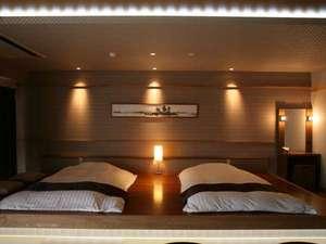 【レイクビュースィート】琉球畳がお部屋の雰囲気を更に良くしています。