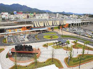 アールイン福知山:ホテルより駅前広場を望む