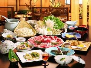 草津温泉 喜びの宿 高松:喜楽亭の牛鋤鍋orしゃぶしゃぶのお料理例