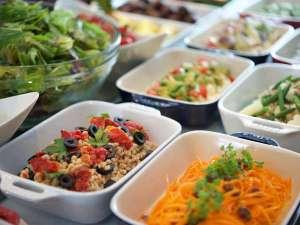 クインテッサホテル大阪ベイ(旧ホテル・ラ・レゾン大阪):朝食ブッフェ「12種類のクリュディテ」