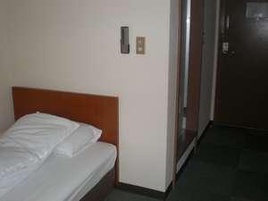 ビジネス旅館 吉川:くつろげるシングルルーム