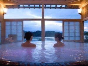 つなぎ温泉 ホテル紫苑:【絶景の露天風呂 ひとりじめの湯】「絹の湯」(昼)