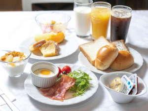 アパホテル<大阪肥後橋駅前>:朝食 ラ・ベランダ
