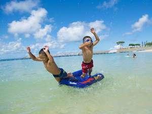 ビーチで思いっきり遊ぼう!