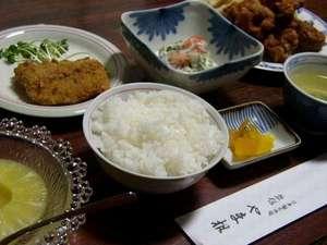 山根旅館:夕食(☆1泊2食付き ゆったり満足プラン☆ の一例です)