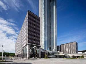 アパホテル&リゾート<東京ベイ幕張>:日本最大級2007室!!