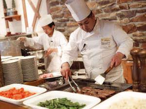層雲峡温泉 朝陽リゾートホテル:焼きたて・揚げたて・出来たての美味しさをご堪能下さい!
