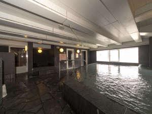 男性大浴場 15:00から25:00 6:00から10:00
