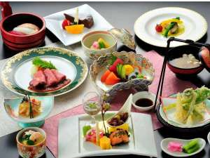 みちのく城址温泉・ホテルみどりの郷:夕食の一例です