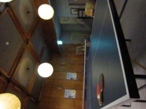 の猿 Hostel:卓球台