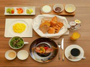 スイートルーム限定 ルームサービス朝食一例