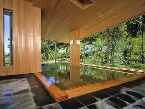 まかど観光ホテル:当館の自慢の大浴場は青森ヒバを贅沢に使用しております。