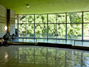 波賀不動滝公園 楓香荘:当館の「楓湯」は天然温泉です!