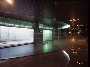 すすきの天然温泉スパ・サフロ:ゆったりした大浴場ジャグジー★バイブラバスなど全5種類の浴槽を完備★