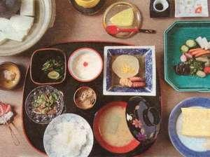 とみ家:ある日の朝食