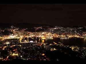 稲佐山温泉 ホテルアマンディ:★世界新三大夜景★レストランやお部屋からご覧頂けます。
