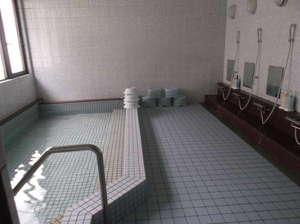 竜宮の郷(KOSCOINNグループ):大浴場海洋深層水を使用したお風呂です。九州では竜宮の郷だけです!利用時間17時~22時