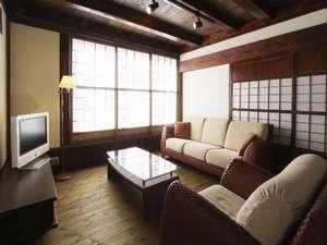 麓庵 民宿 たきざわ:★特別室★1部屋限定!!男の隠れ家をイメージしまた。本物の古民家に素敵な家具が置いてあります。