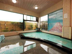塩山温泉 旅館ゆばた:*アルカリ性のとろっとした美肌湯☆掛け流しでお楽しみください。