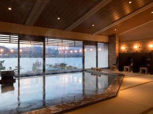【展望畳大浴場 湯Like】やさしい湯と、穏やかな海を見渡せる大浴場は、いつまでも入っていたくなる・・・