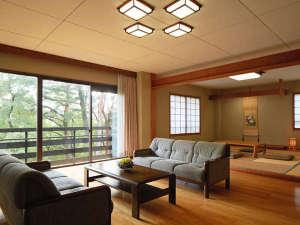 ホテルラフォーレ修善寺:コテージ (和室10畳2間+リビング/96平米)(~9名様)