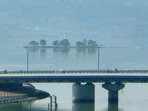 ■宍道湖に浮かぶ「嫁が島」は数々の由来が有りますが神社が祭られており【水の都松江】のシンボルです!■