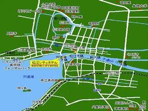 松江のど真ん中に当館は有ります。松江駅も松江城も徒歩で約15分!ビジネスに観光に徒歩でOK中心街!