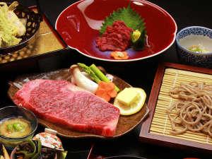 美神の湯 松葉荘:山形牛のきめ細かい霜降りと上質の脂は、旨みがあり、とろけるような食感が特徴♪