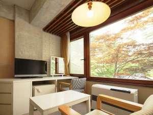 旧軽井沢ホテル東雲サロン